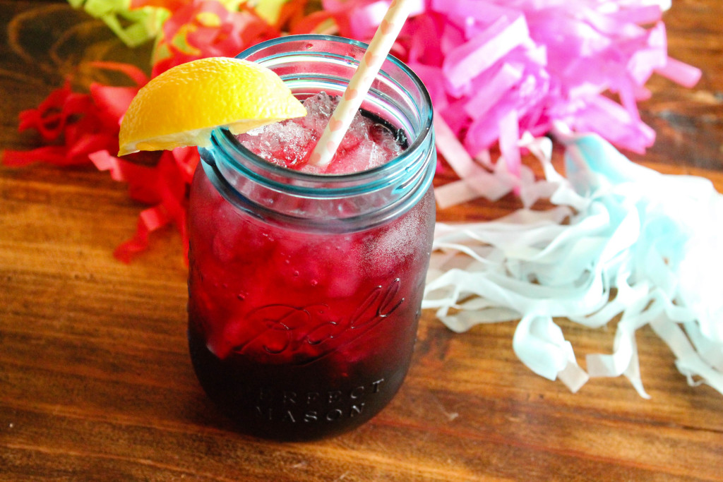 cranberry splash mocktail, cranberry drink, cranberry mocktail, kids drinks, kid drink, party drinks for kids